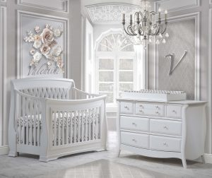 Bella-white-with-linen-grey-tufted-panel