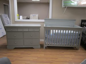 Concord Parker crib and newport 7 drawer grey